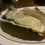 ワイン食堂イナセヤ マーレ - 生牡蠣
