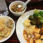 中国酒家 華苑 - 一度目の取り皿…     二度目の写真はナシ(笑)