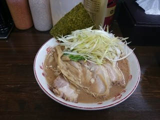 麺屋 庄太 津久井浜店 - 2015年10月 らぁ麺+チャーシュー+白髪ネギ 700+200+200円