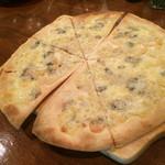 ビンテージ 24  - ブルーチーズのピッツァ