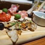 ザ・グリル マーケット - 前菜盛りハーフ