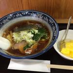 蛸八 - 中華そば(600円)