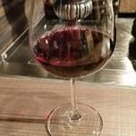 44922060 - 今年のボージョレ・ヌーボー、程よい酸味とフレッシュな葡萄のみずみずしさが感じられました。樽からワインはワクワク感がありますね!