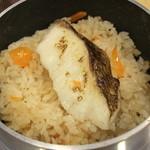 魚食堂たわら - 釜めし鯛
