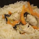 魚食堂たわら - 釜めし牡蠣