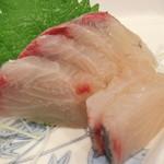魚食堂たわら - 刺身
