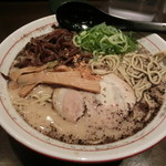 九州麺 本格餃子 清正 - 熊本ラーメン(大盛り)(730円)