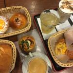 44932599 - 〜各種パン〜 平均単価:約¥150です。 〜