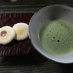 そば心 ゐ田 - お抹茶のもてなしは素晴らしいと思います。