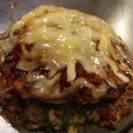 今生焼 - 広島流お好み焼き☆ネーミングが… 納豆入りにチーズトッピングしました!