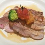 44942878 - 千葉産芋豚ロース肉の網焼き オレンジソース
