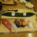 44945783 - 太刀魚の天ぷらと寿司セット