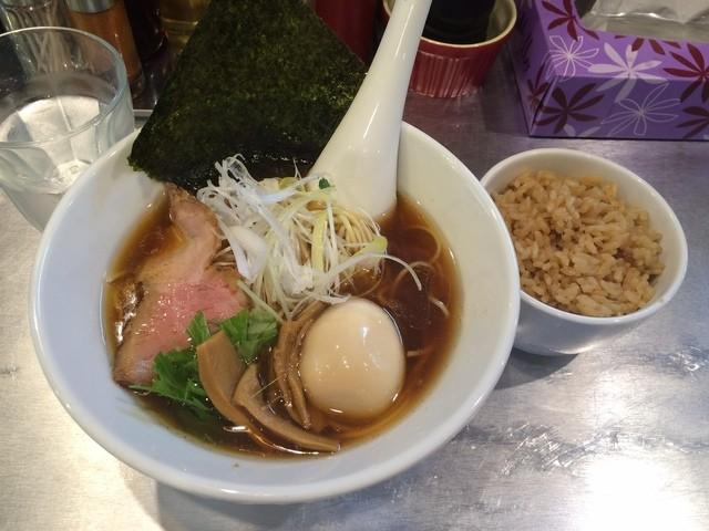 ちぇるしー - 味玉醤油らーめん サービスライス