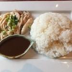 サムロータイレストラン - カオマンガイ