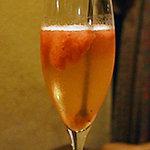 オヒョイズ - イチゴのソルベ入りシャンパン