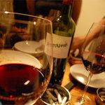 ワイン酒場 ウラッチェ! - ワインは1900円