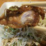 明治亭 - 油淋鶏 肉厚断面