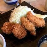 44956586 - カキとヒレカツ定食 ¥1,706