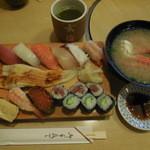 玄海寿司 本店 - 玄海にぎり ¥990-