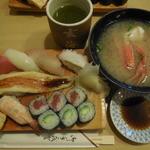 玄海寿司 本店 - 黒潮にぎり ¥740-