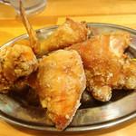 柿の種 - 料理写真:鶏半身揚げ