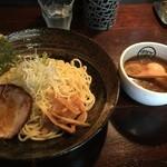 麺や すする - ランチAセット¥880。つけ麺。大盛り+味玉。
