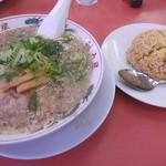 ラーメン魁力屋 - 料理写真:焼きめし定食(950円)