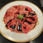 肉料理 阿蘇 - カルビ 970円(写真は二人前)