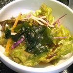 土古里 - 「こだわりの冷麺とミニ土古里丼セット」サラダ