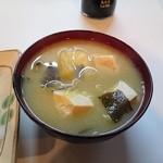 丸一食堂 - 具沢山のお味噌汁