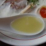 らーめん さのまる - 鶏パイタンエスプーマ・塩(スープ)