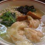 麺点飯 広州 - 塩ワンタン麺(2/3).