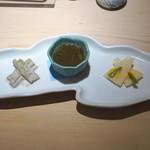 味三昧 - 先付 (芋茎の胡麻和え、もずく酢、蕪の黄身酢がけ)