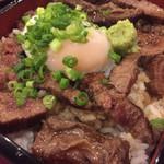 肉と鉄板焼き 大阪ワイン酒場SPAJIO - 真の熟成和牛の味を堪能するべし!