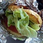 ステーキハウスひのき - 料理写真:ハンバーガー(630円)