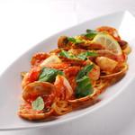 リストランテ・マリオ - 魚介のシチリア風トマトソース1,200円
