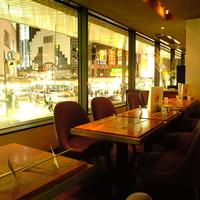 Chopstick Cafe 汁べゑ - ロフト席12名様×1 一段上がった「セレブ・コンパ」御用達席。