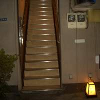 宇木央 - 階段登って左側