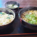 たかのり - 料理写真:たぬきそばと玉子丼