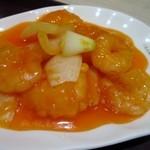 中国大明火鍋城 木の葉キッチン - エビチリは甘いエビチリ、中国大明火鍋城と言えばピリ辛料理だと思ってたんでちょっとビックリでした。