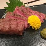鶴屋 - 『本日の炙り刺し』様(値段不明)神戸牛の希少部位の炙り刺し様で部位聞くの忘れた(笑)