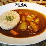 カリー・ブラウン - 冬のゴロゴロ野菜カリー