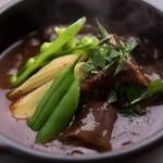 肉専門 大衆酒場 トロット - 牛ほほ肉の赤ワイン煮