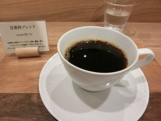 豆香洞コーヒー 博多リバレインモール店 - 豆香洞ブレンド。