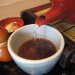 いっしょう - 「そば湯」は口開け客でしたから、無色に近いモノ。