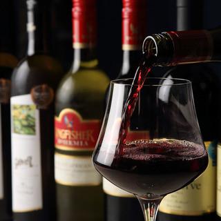 インドのスーラワインをはじめ各国より取り揃えた厳選極上ワイン