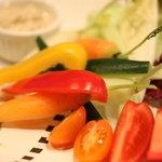 JIYUGAOKA  SIMPLE DISH - 新鮮だからこそ☆このスタイル!野菜のうま味をダイレクトに味わえる!