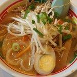 豚太郎 伊予店 - 味噌ラーメン:550円+野菜:50円