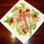 カフェ ハイビスキャット - 海鮮サラダ