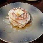 フラッフィー - バターミルクパンケーキ